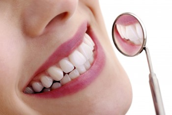 Examen et nettoyage dentaire